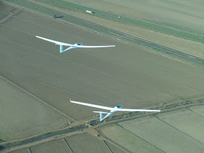 Photo: By Milt  Final glide to WSC  PS and PK