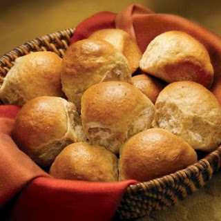 Classic Whole Wheat Dinner Rolls