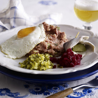 German Breakfast with Egg, Labskaus and Pickles