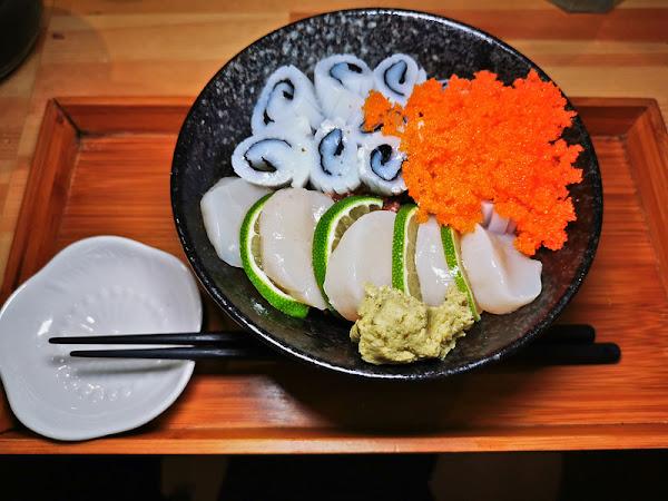 壽司爸│六張犁站美食│巷弄內超人氣排隊丼飯店,價錢划算又美味