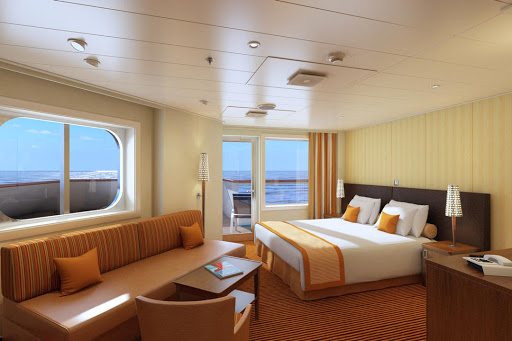 carnival-horizon-junior-suite.jpg - A roomy Junior Suite on Carnival Horizon comes with a balcony and whirlpool tub.