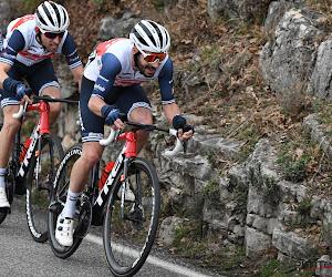 Bauke Mollema houdt met machtige sprint Belg af in openingsrit in Frankrijk