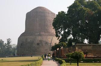 Photo: Sarnath - buddhalaisten pyhiä paikkoja