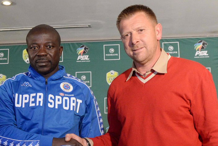 Kaitano Tembo, left, and Eric Tinkler. Picture: LEFTY SHIVAMBU/GALLO IMAGES