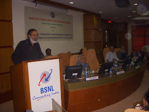Photo: Prabir Purkasyatha, Delhi Science forum