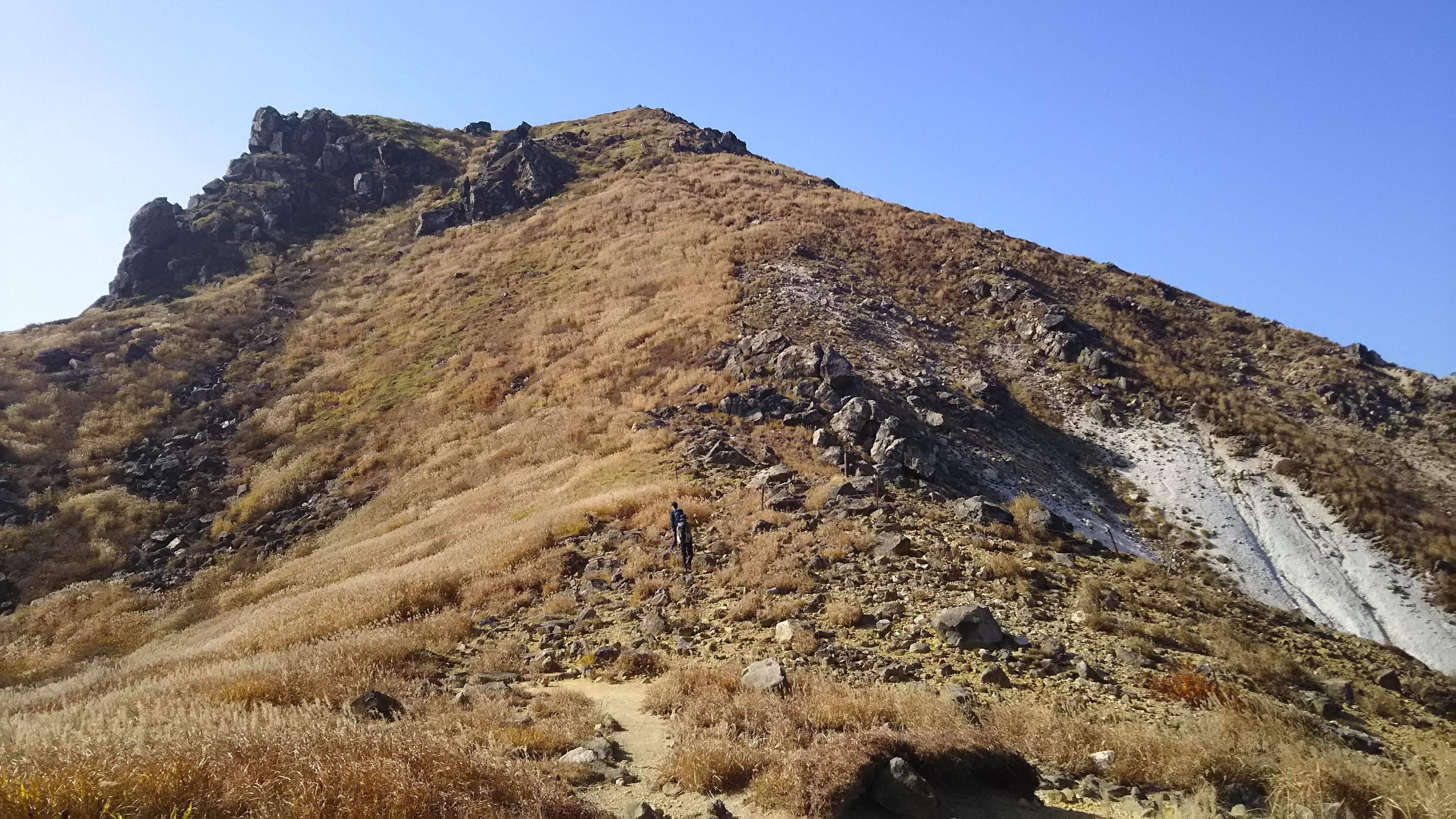 星生山への登り