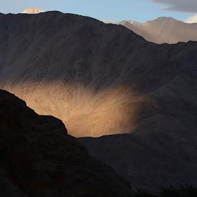 A Natural Bulb! by Abhishek Majumdar - Landscapes Mountains & Hills ( madhur, sarbajit, vikram, prithvi, nitesh )