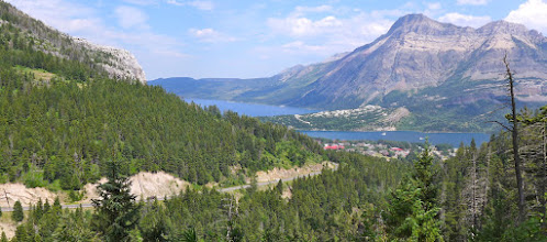 Photo: Near the end of the trail - Bear's Hump on left, Upper Waterton Lake on right, Middle Waterton Lake on left