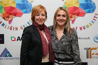 Photo: Soldan sağa: Ufuk Tarhan, Burçin Girit www.gelecekgunu.org
