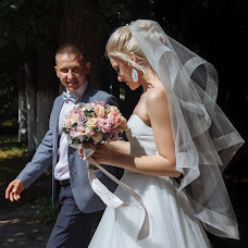 Wedding photographer Evgeniya Antonova (antonova). Photo of 02.04.2019