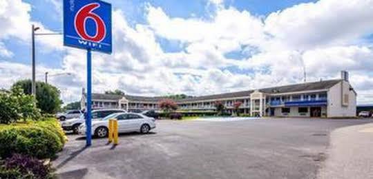 Motel 6 Anniston - Oxford/Talladega Speedway