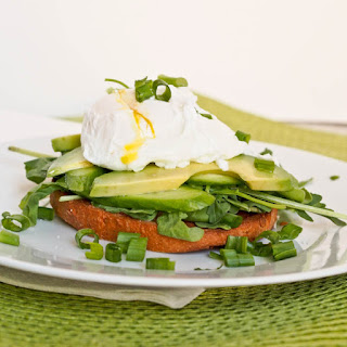 Bagel with Veggies and Poached Eggs
