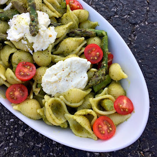 Pesto Pasta with Grilled Goat Cheese and Asparagus.