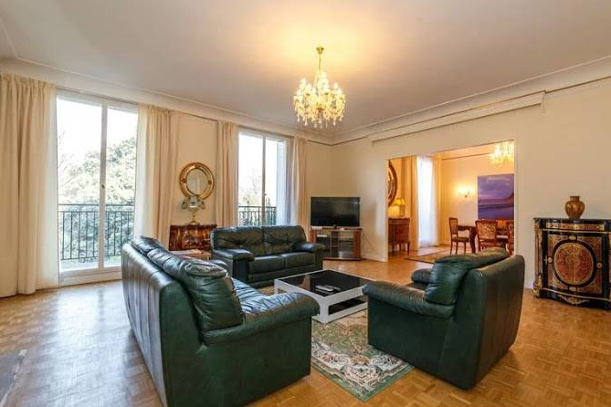 Living area at Rue de Monceau Serviced Apartment, Champs Elysees