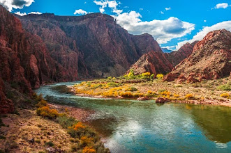 Photo: The Colorado River from the South Kaibab Trail down the South Rim of Grand Canyon National Park, Arizona, USA