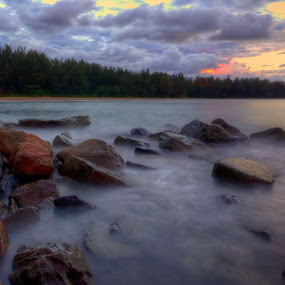 by Kay Eimza - Nature Up Close Rock & Stone