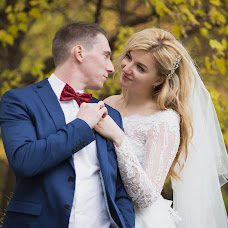Wedding photographer Oksana Peshkova (ksyuhich). Photo of 12.10.2017