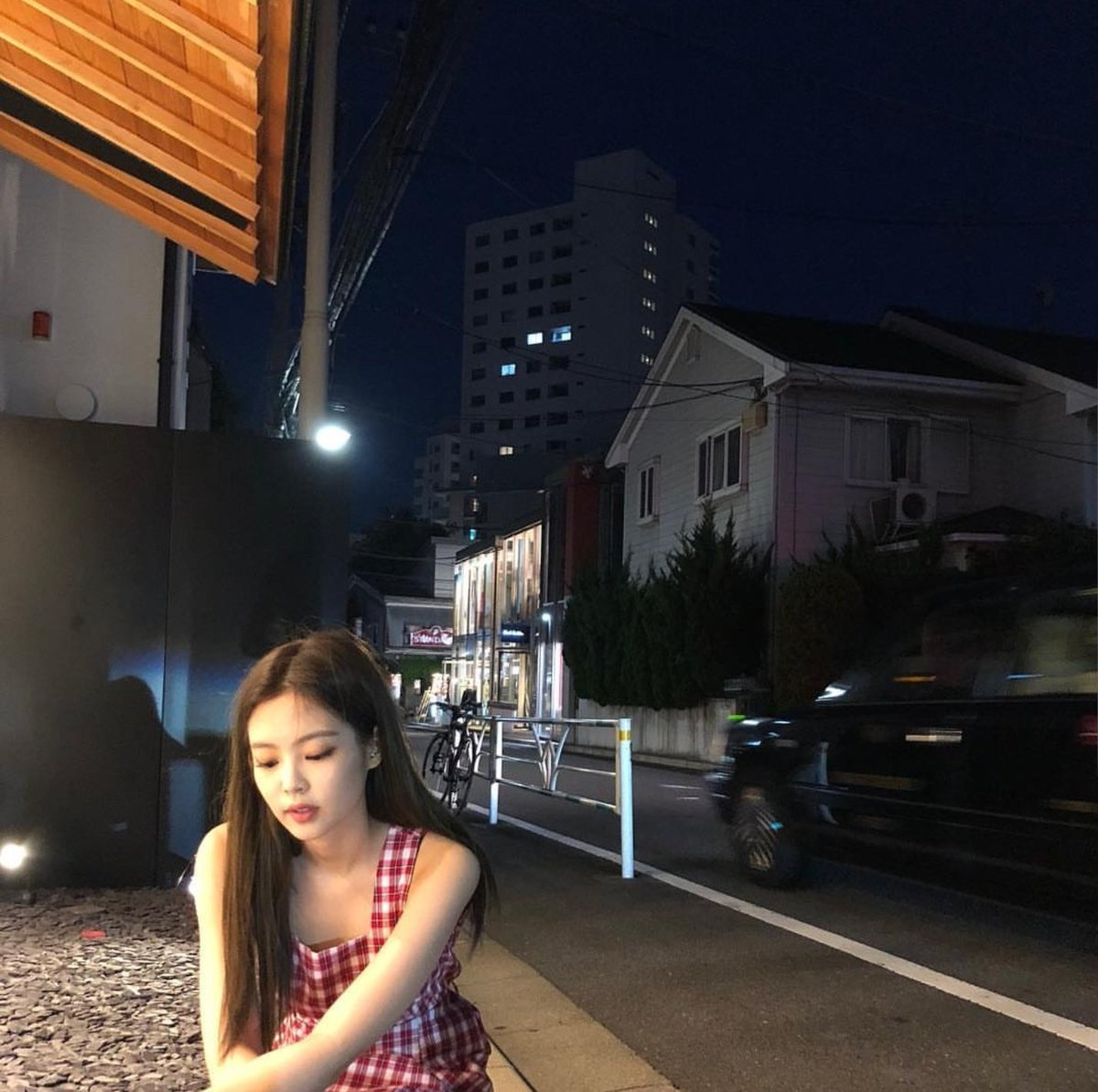 jennie night