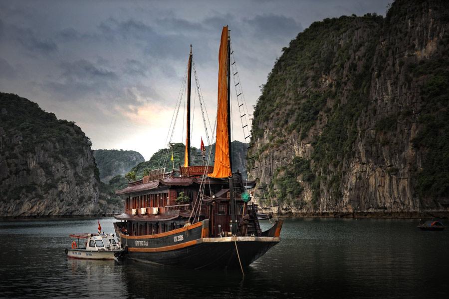 by Jansen Halim - Transportation Boats