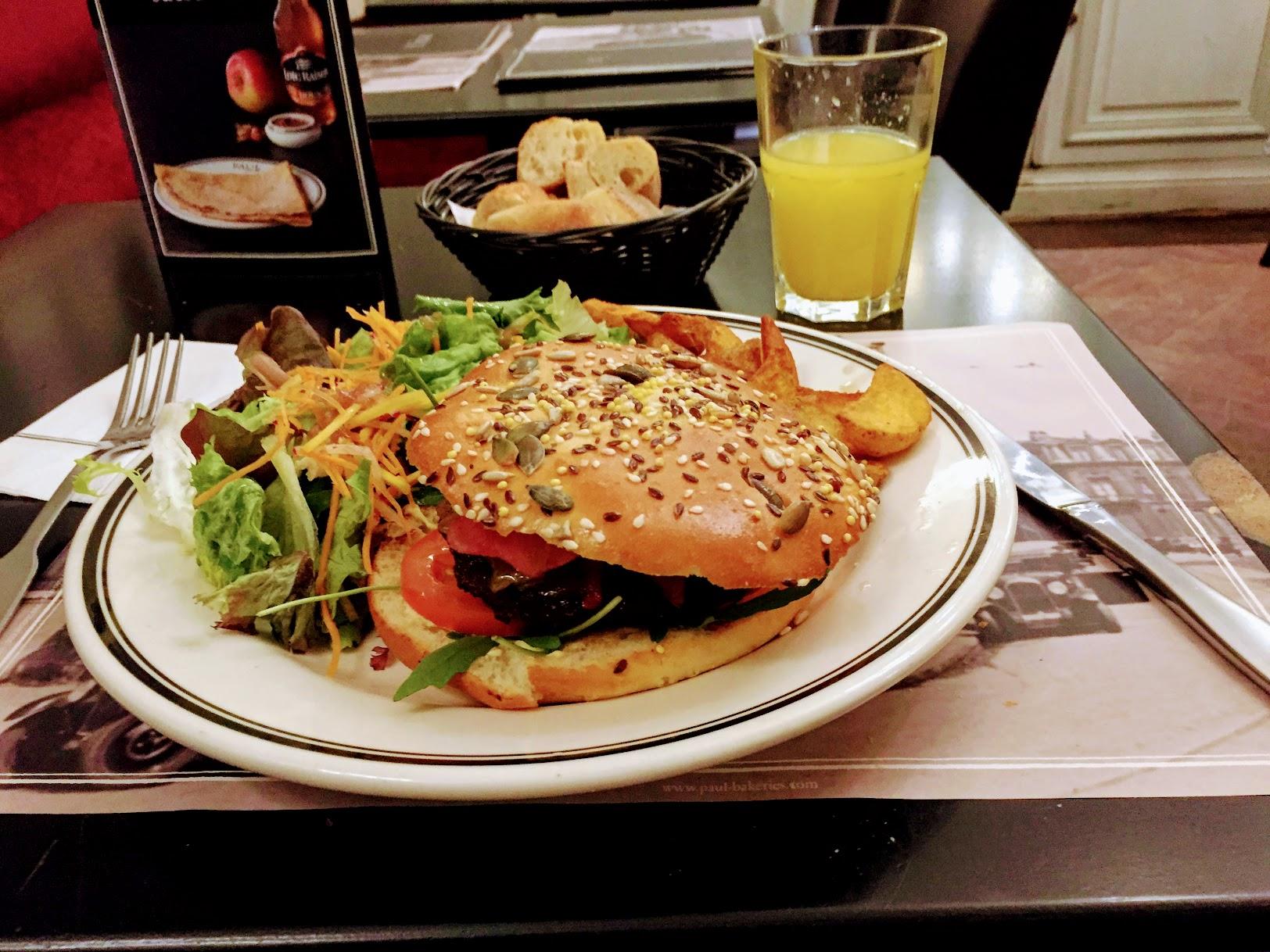 France,フランス,Paris,パリ,PAUL:ポールSaint-Germain,Buci通りのSiene店,メニュー,イートイン,ハンバーガー