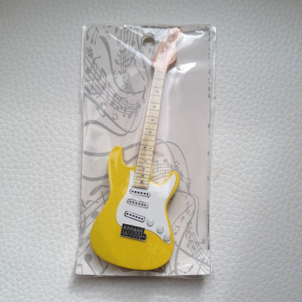 Magnete chitarra Strato gialla