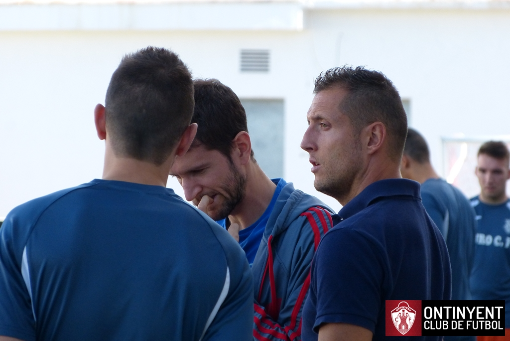 Kikín Ontinyent CF Muro CF