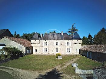 château à Bonneuil-Matours (86)