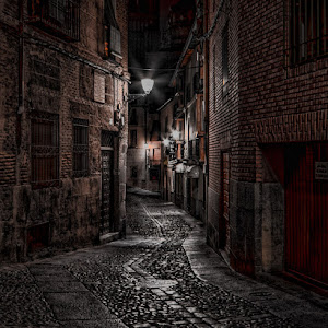 01,NE066,DA,-Toledo-in-the-dark.jpg