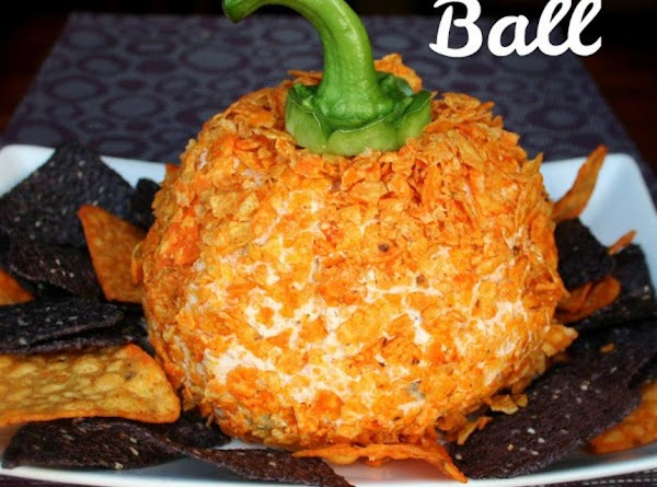 The Perfect Fall Cheese Ball Recipe