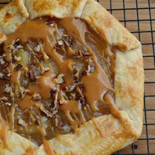 Caramel Apple Open-Faced Pie
