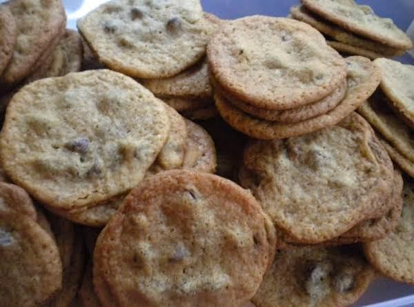 Good Ol' Chocolate Chip Cookies