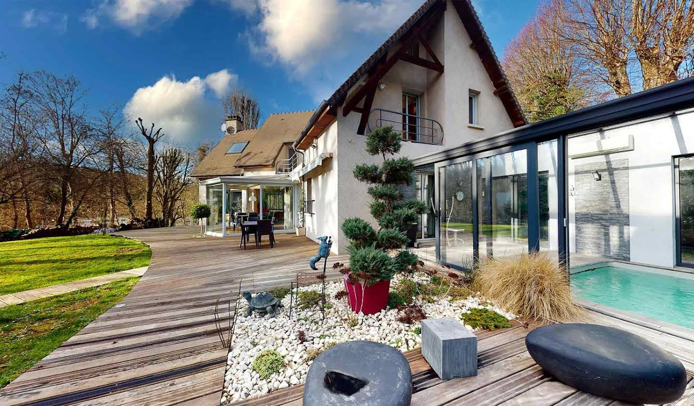 Propriété avec piscine et jardin Bougival
