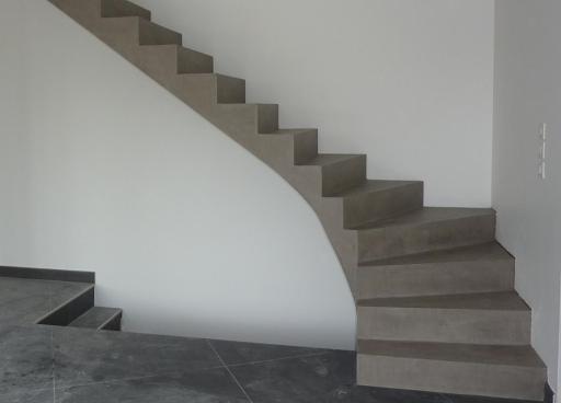 escalier beton ciré moderne