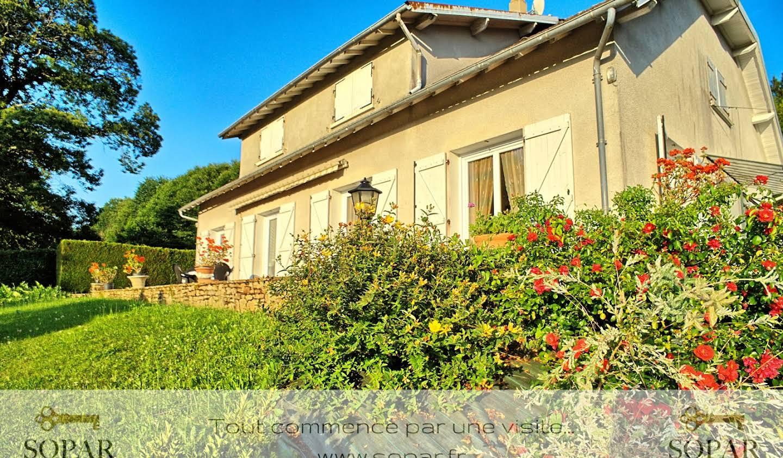 Maison avec terrasse La Meyze