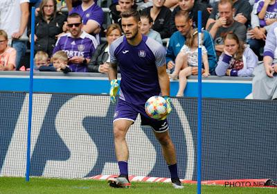 Anderlecht haalt nieuwe doelman: Belgische international op weg naar paars-wit