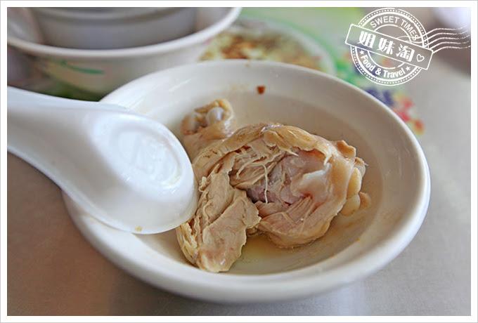 大圓環雞肉飯香菇雞湯