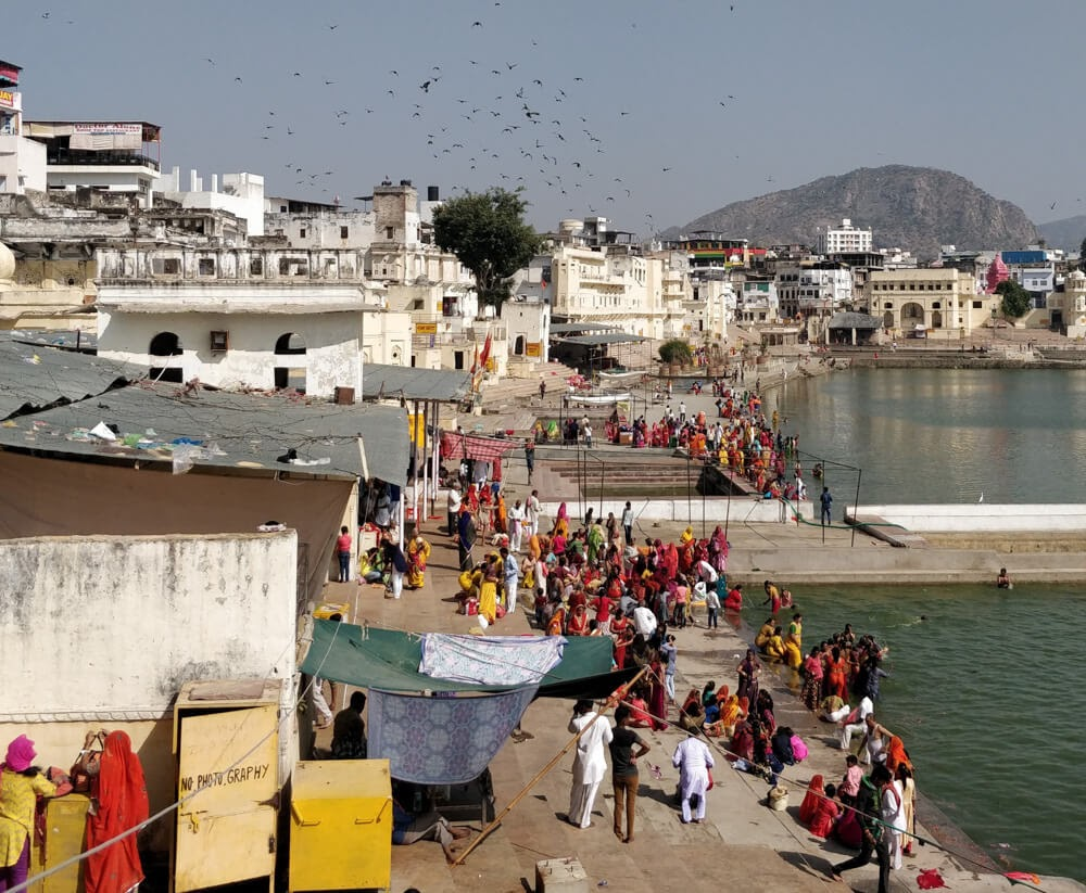 pushkar+lake+ghat+colorful+people+pushkar+fair+rajasthan