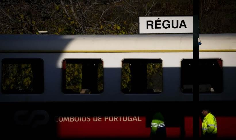 Linha do Douro sujeita a dois transbordos e uma hora de atraso