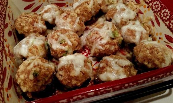 Serve hot. I hope you enjoy these delicious mushrooms.