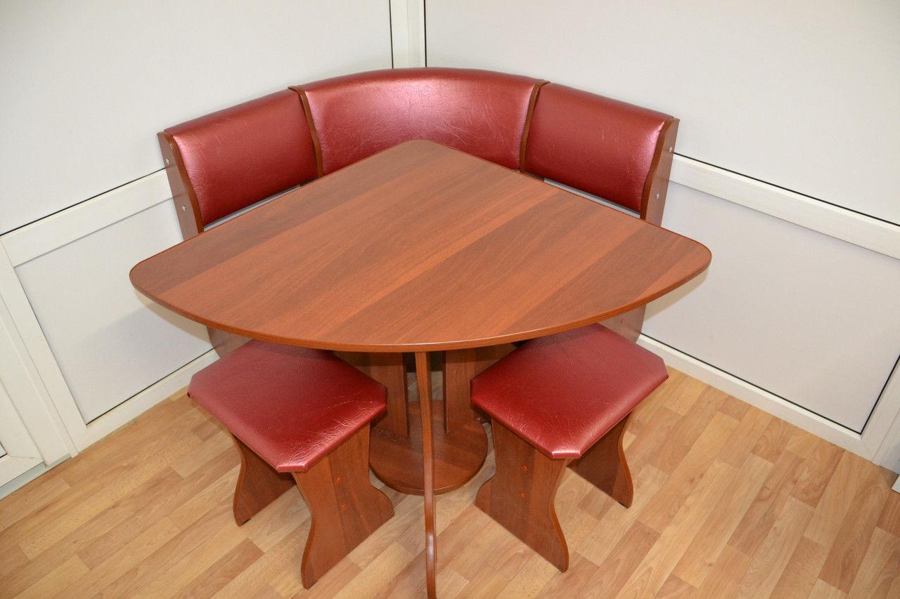 Угловой кухонный (обеденный) стол