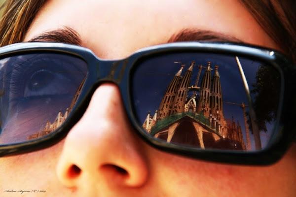 Sagrada Familia vista dal basso di andy82