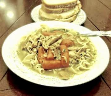 Savory Chicken Noodle Soup  By Noreen'