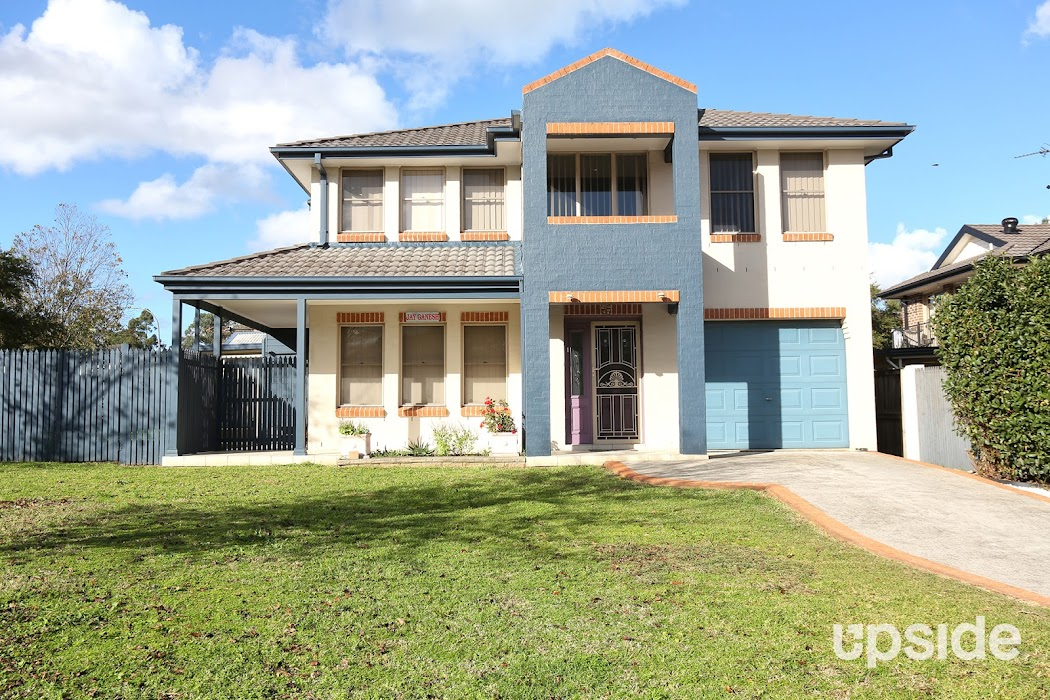 Main photo of property at 1 Windmill Parade, Currans Hill 2567