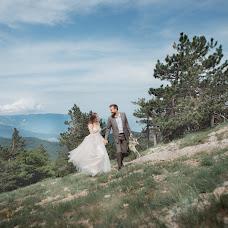 Wedding photographer Galina Mescheryakova (GALLA). Photo of 04.06.2018