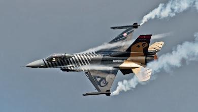 "Photo: F-16 ""Solo Turk"" (Turcja)"