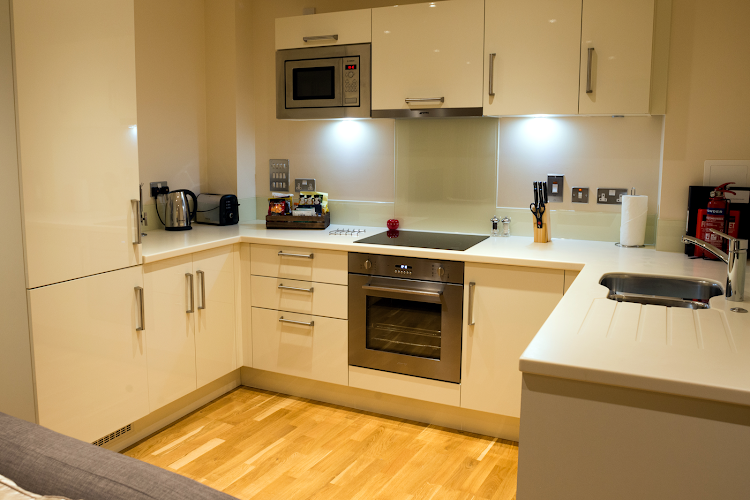 Fully equipped kitchen at Maltby Street Apartments London Bridge