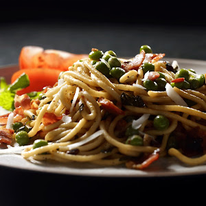 Spaghetti with Pancetta Peas and Mint
