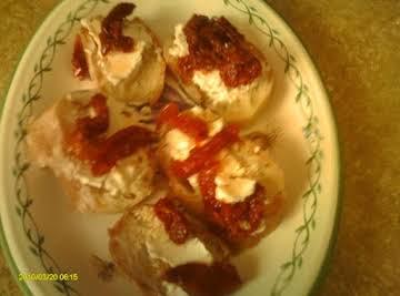 Sundried tomato, goat cheese crostini