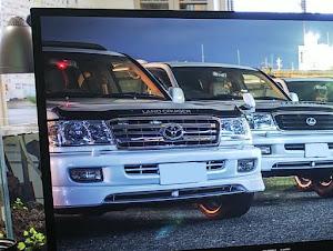 ランドクルーザー100  VX-リミテッド 50th anniversary特別仕様車のカスタム事例画像 ヨッシーさんの2020年11月05日15:33の投稿