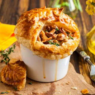 Coffee Mug Chicken Pot Pies with Mushrooms